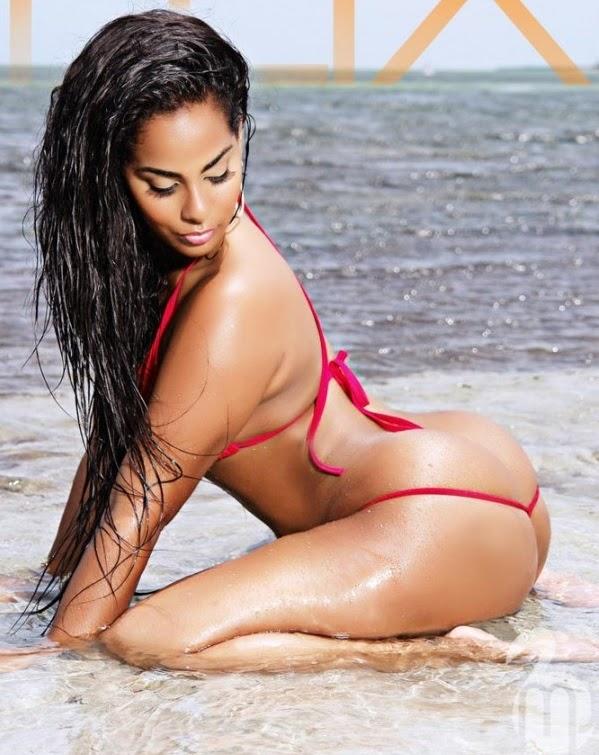 Ayisha Diaz Hot Nude Photos 48